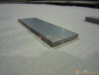 標準寸法 板材 チタン 純チタン2種 - 板材 厚 10.0~40.0mm (鋸切断)